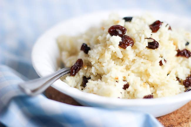 Rice Cooked in Milk with Raisins (Suti Polo)-11