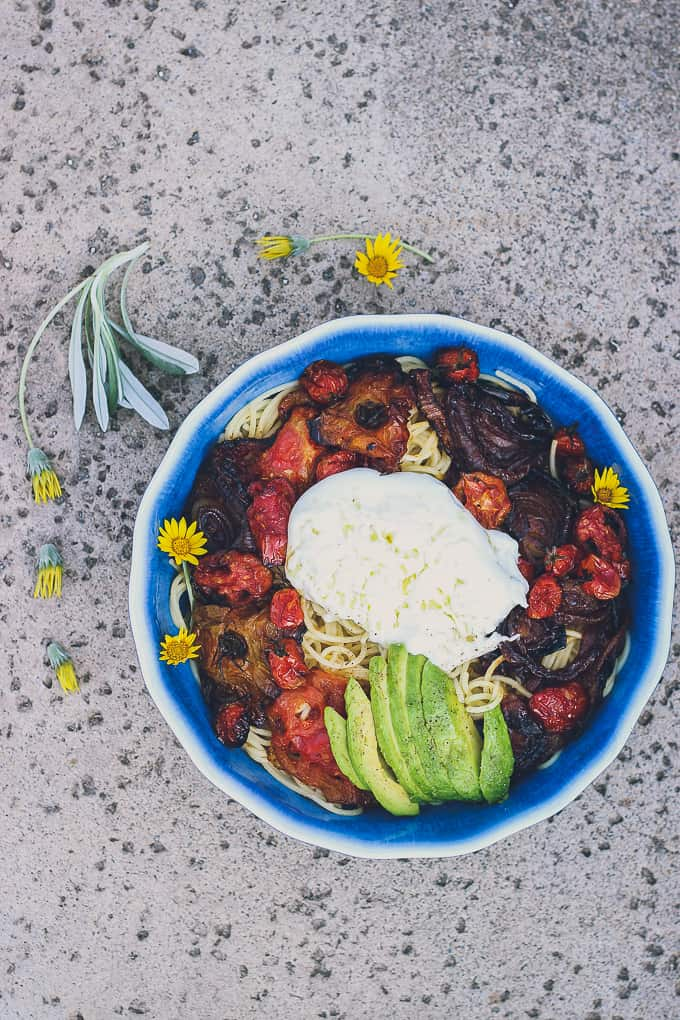 roasted tomato onion avocado burrata pasta-26